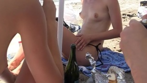 Real college fucking sounds even more fun if u throw a fuck party on the beach. Incredibly hawt!