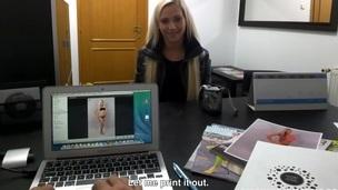 sucking tenåring blonde ridning puling hardcore blowjob amatør kjønn nærhet