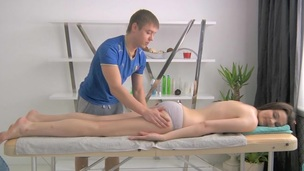 Hunk is driving chick crazy with sensual massage and fucking