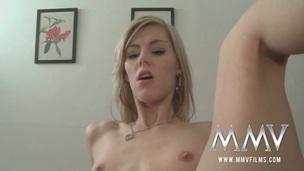 Teen Blondine Hardcore Blowjob Creampie Cumshot Kleine Brüste Dünn